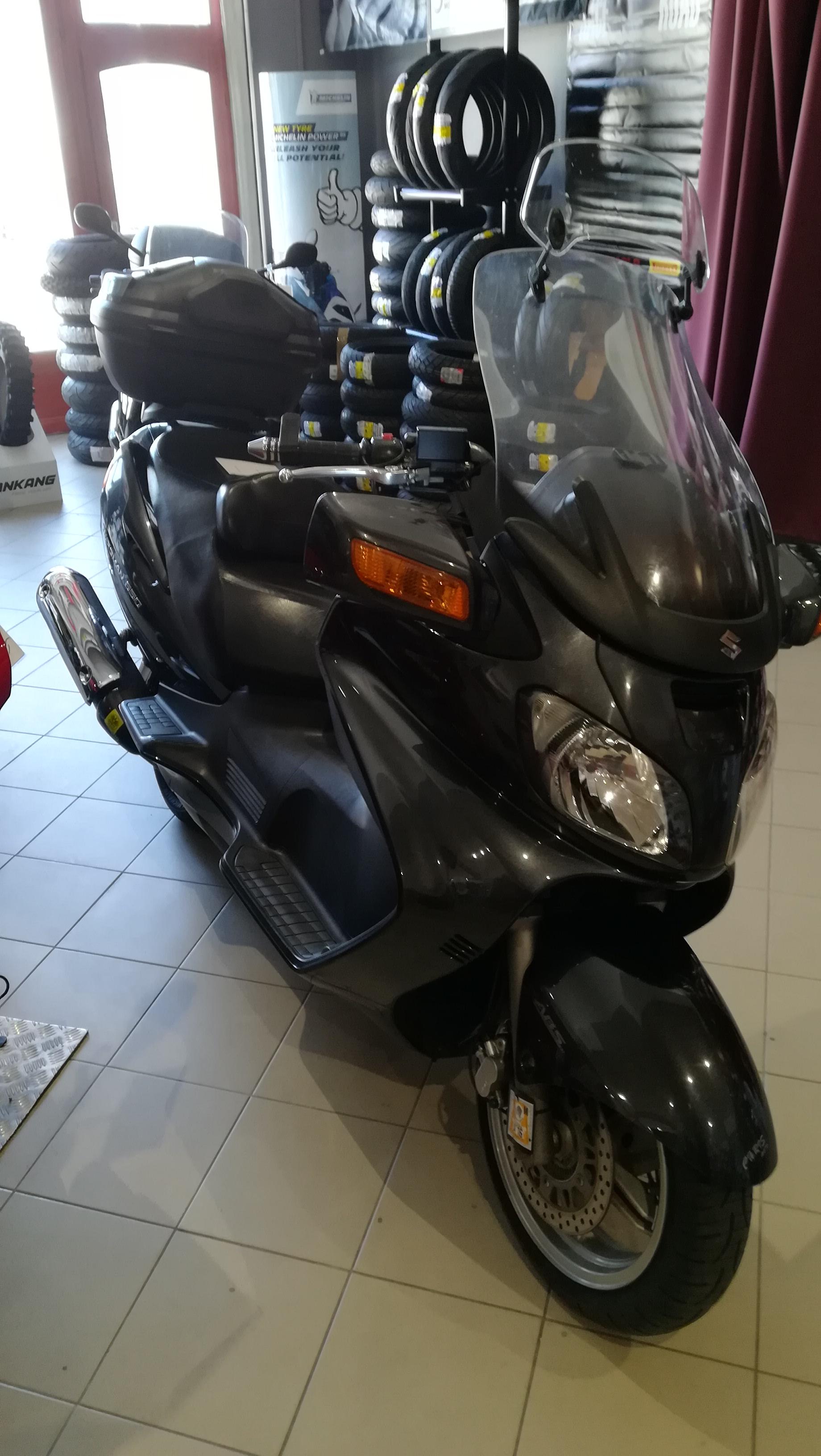 Suzuki AN650