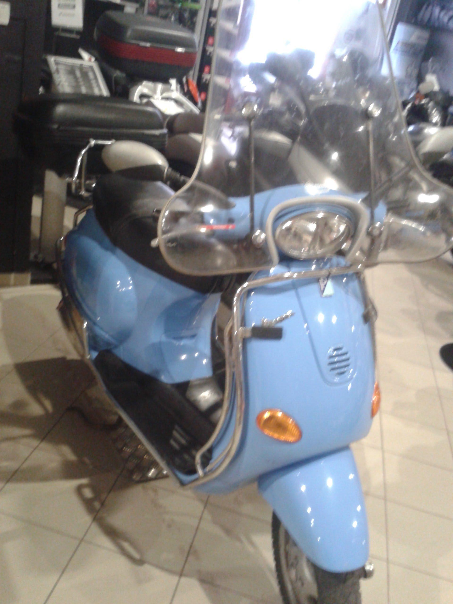 Piaggio Vespa 125ET4