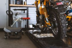 Miért életbevágó, hogy rendszeresen szervizeld a motorod?