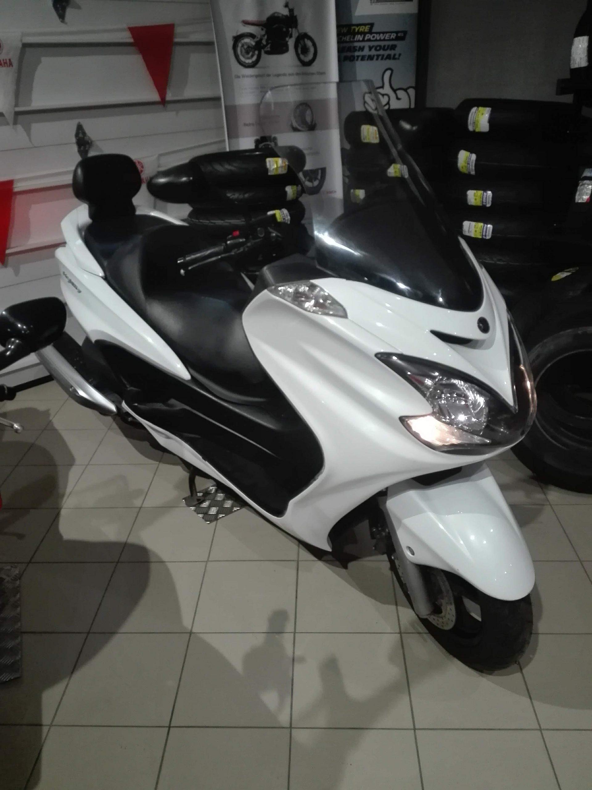 Yamaha YP400A
